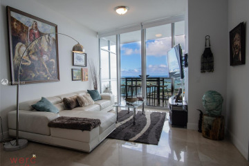 Home for Sale at 1100 Biscayne #5103, Miami FL 33132