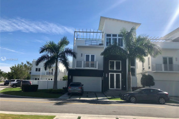 Home for Sale at 3453 NW 84th Ct, Doral FL 33122