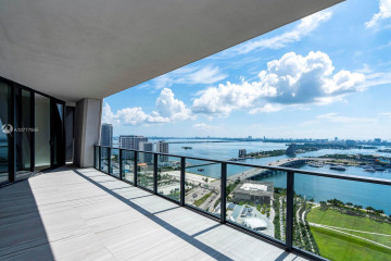 Home for Sale at 1000 Biscayne Blvd #3601, Miami FL 33132
