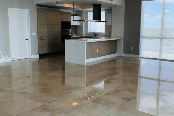 Home for Rent at 17111 Biscayne Blvd #701, Aventura FL 33160