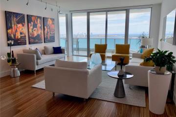 Home for Sale at 1331 Brickell Bay Dr #3307, Miami FL 33131