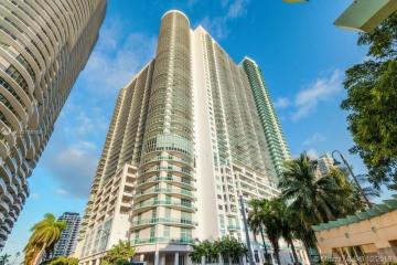 Home for Sale at 1800 N Bayshore Dr #1201, Miami FL 33132