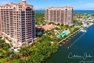 Home for Sale at 60 Edgewater Dr #14E, Coral Gables FL 33133