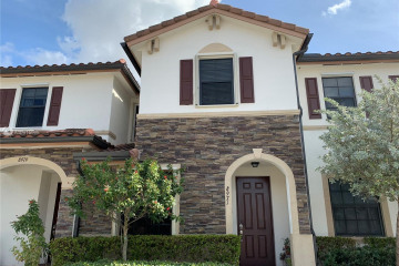 Home for Sale at 8971 W 35th Ave #8971, Hialeah FL 33018