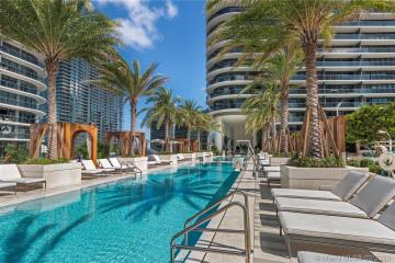 Home for Rent at 801 S Miami Ave #2004, Miami FL 33130