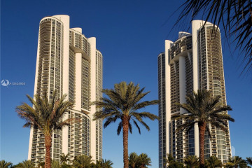 Home for Sale at 18201 Collins Ave #4606, Sunny Isles Beach FL 33160