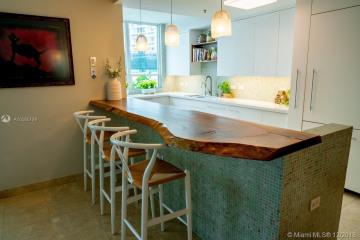 Home for Sale at 801 Brickell Key Blvd #608, Miami FL 33131