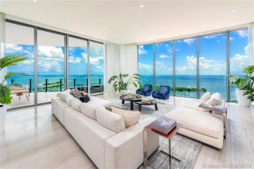 Home for Sale at 2811 S Bayshore Drive #UPH-B, Coconut Grove FL 33133