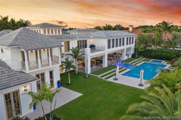 Home for Sale at 12235 Tillinghast Cir, Palm Beach Gardens FL 33418