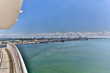 Home for Rent at 808 Brickell Key Drive #2404, Miami FL 33131