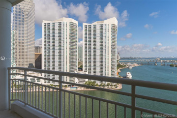 Home for Sale at 888 Brickell Key Dr #2204, Miami FL 33131