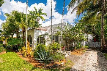 Home for Rent at 725 Majorca Ave, Coral Gables FL 33134
