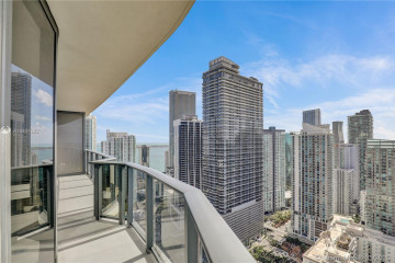 Home for Sale at 55 SW 9th St #3906, Miami FL 33130