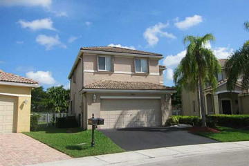 Home for Rent at 1492 Sabal Tr, Weston FL 33327