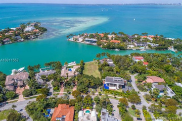Home for Sale at 670 Harbor Drive, Key Biscayne FL 33149
