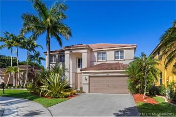 Home for Sale at 1145 Lavender Cir, Weston FL 33327