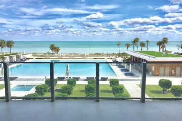 Home for Sale at 360 Ocean Dr #302S, Key Biscayne FL 33149