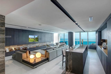 Home for Sale at 2711 S Ocean Dr #2704, Hollywood FL 33019