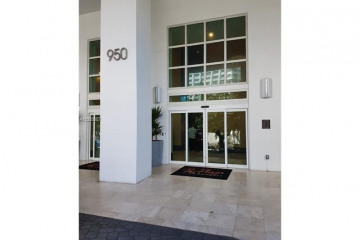 Home for Rent at 950 Brickell Bay Dr #4302, Miami FL 33131