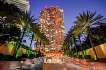 Home for Sale at 300 S Pointe Dr #LANAI5, Miami Beach FL 33139