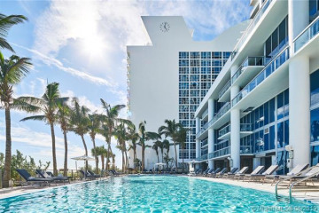 Home for Sale at 6801 Collins Avenue #LPH12, Miami Beach FL 33141