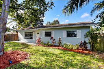 Home for Sale at 3421 SW 26th Ct, Fort Lauderdale FL 33312