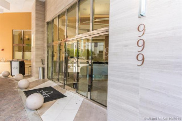 Home for Sale at 999 SW 1st Ave #2903, Miami FL 33130
