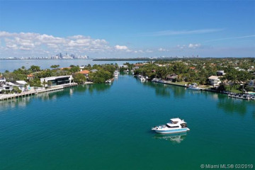 Home for Sale at 460 W Matheson Dr, Key Biscayne FL 33149