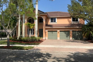 Home for Sale at 1322 Crossbill Ct, Weston FL 33327