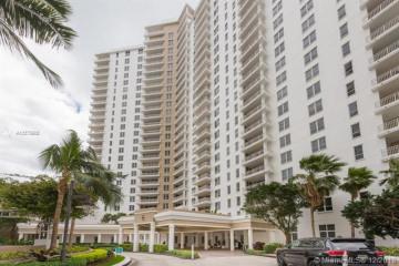 Home for Sale at 701 Brickell Key Blvd #PH-12, Miami FL 33131