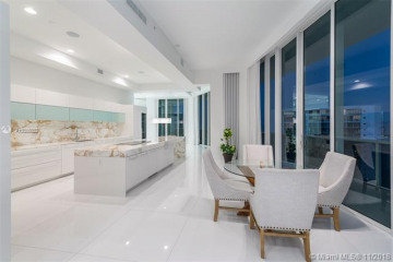 Home for Sale at 4100 Island Blvd #PH-1, Aventura FL 33160