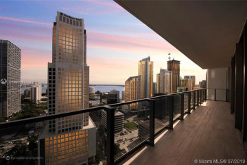 Home for Sale at 68 SE 6 Street #2403, Miami FL 33131