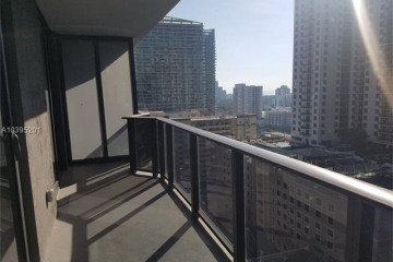 Home for Sale at 45 SW 9th Street #1707, Miami FL 33130