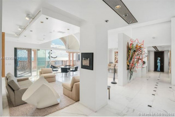 7774 Fisher Island Dr
