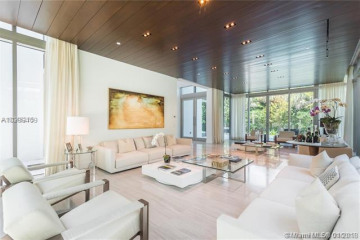 Home for Sale at 108 Reef Ln, Key Biscayne FL 33149