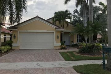 Home for Sale at 2000 Harbor View Cir, Weston FL 33327
