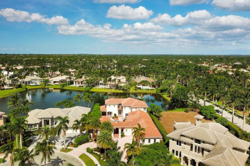 Home for Sale at 398 Fan Palm Way, Plantation FL 33324