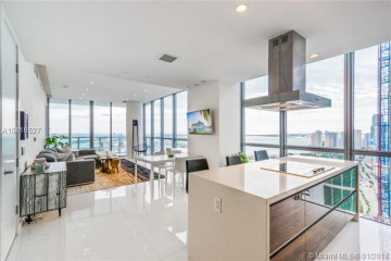 Home for Sale at 1100 Biscayne Blvd #4501, Miami FL 33132