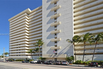 Home for Sale at 2200 NE 33rd Ave #17E, Fort Lauderdale FL 33305
