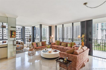 Home for Sale at 520 Brickell Key Dr #A1121, Miami FL 33131