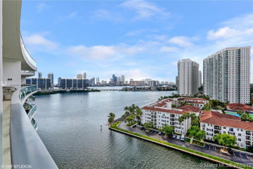 Home for Sale at 3250 NE 188th St #UPH06, Aventura FL 33180