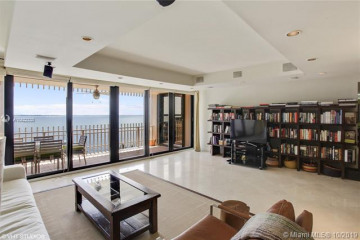 Home for Sale at 1 Grove Isle Dr #A1207, Miami FL 33133