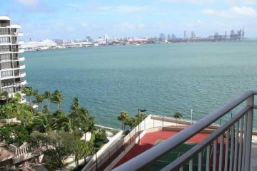 Home for Sale at 770 Claughton Island Dr #1103, Miami FL 33131