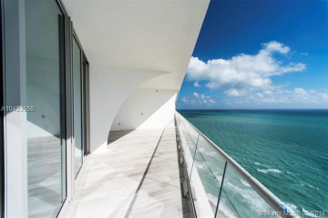 Home for Sale at 16901 Collins Ave #3601, Sunny Isles Beach FL 33160