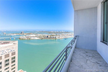 Home for Sale at 335 S Biscayne Blvd #LPH-04, Miami FL 33131