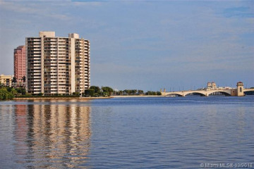 Home for Rent at 1200 S Flagler #1901, West Palm Beach FL 33401