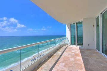 Home for Sale at 16051 Collins Av #1103, Sunny Isles Beach FL 33160