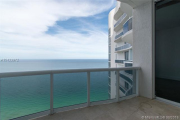 Home for Sale at 15901 Collins Ave #4004, Sunny Isles Beach FL 33160