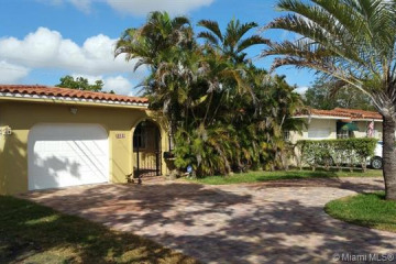 Home for Rent at 1581 Bird Rd, Coral Gables FL 33146