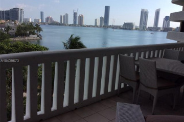 Home for Sale at 3000 Island Blvd. #504, Aventura FL 33160